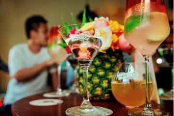 卡慕远流携手迪可派(De Kuyper)集团与田园8号(Tequila OCHO) 开启一场属于鸡尾酒的盛夏狂欢